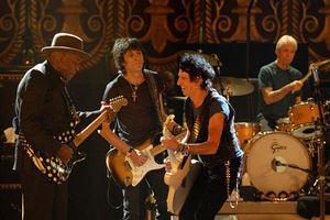 The Rolling Stones: Да будет свет 2530
