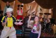 Новогодние приключения Микки Мауса и друзей 6