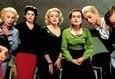 8 женщин 4