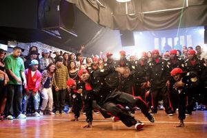 Уличные танцы 3D 6357