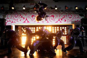 Уличные танцы 3D 6354