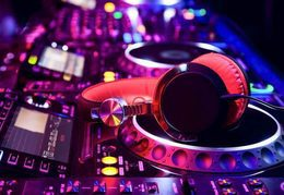 DJ-lounge set