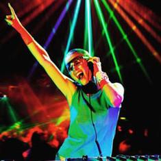 Праздник  от Мон DJs!