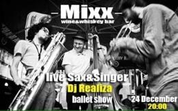 Live Sax & Singer