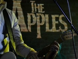 Космическая вечеринка с группой The Apples