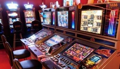 Стриптиз в казино и клубах слот автоматы онлайн игры