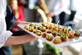Организация фуршетов и праздничных мероприятий