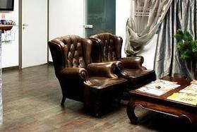 В салоне Бонжур по адресу ул.Мельникайте, 4 капитальный ремонт. Ждем вас в сентябре после глобального обновления