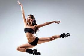 Приглашаются все желающие в группу «Танцы - современная хореография»