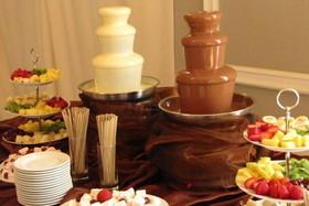 Выездной фруктово-шоколадный бар
