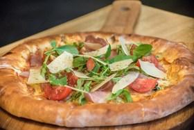 Еще две новые авторские пиццы-пай появились в кафе  Т.О.Ч.К.А.