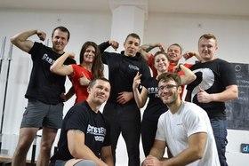 Команда «CrossFit Poison» на соревнованиях KettlCross Warriors в Club Panda