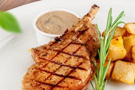 Блюдо недели — Стейк из свиной корейки