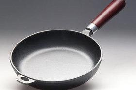 Подготовка и уход за посудой из чугуна.