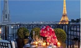 Акция «Романтические выходные в Париже»