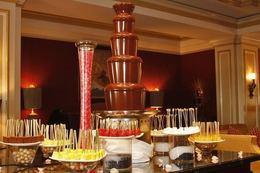 Акция «При заказе выпускного бала «Шоколадный фонтан» - в подарок»