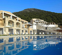 Горящий тур в Грецию от 26 млн руб. на двоих