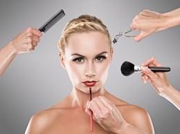 Акция «Закажи услугу - получи скидку 50% на макияж