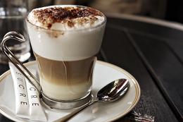 Кафе и рестораны Большой Golden Капучино по цене маленького До 14 сентября