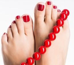 Красота и здоровье Акция «При заказе услуги педикюр — Spa уход & парафинотерапия ног со скидкой 50%» До 31 октября