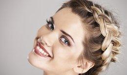 Красота и здоровье Акция «Плетение + экспресс макияж всего за  62 руб.» До 8 марта