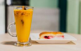 Акция «Авторский сет: облепиховый чай + датский пирог = 6 BYN»