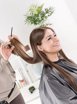 Скидка 15% при первом посещении на все парикмахерские услуги