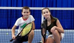 Первое занятие по теннису для детей — бесплатно