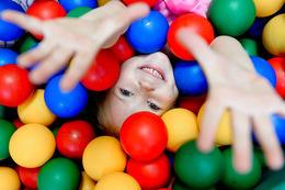 Скидка 50% на лабиринт и мягкую игровую зону для малышей