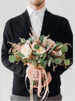 Акция «При заказе свадебного букета, фальш букет в подарок»