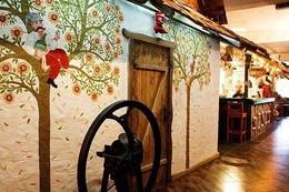 Кафе и рестораны Скидка 20% на продукцию собственного производства при сумме чека от 200 руб C 1 мая