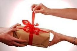 Каждому клиенту подарок-сюрприз