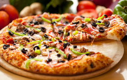 Акция «При заказе трёх пицц на вынос–четвертая в подарок»