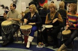Скидка 50% на пробное обучающее занятие по игре на джембе + скидка 25% на абонемент в школу этнических барабанов