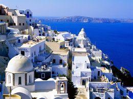 Греция в апреле от 24 млн руб. на двоих из Минска.