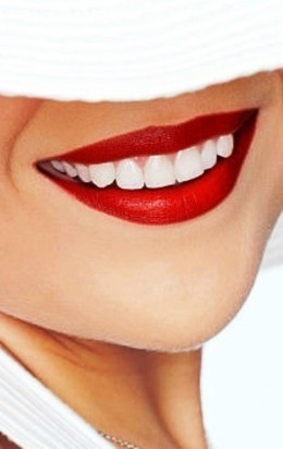 Профессиональная гигиена полости рта со скидкой 50%