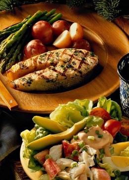 Кафе и рестораны Скидка 30% на сезонное меню от шеф-повара с пн по пт с 12.00 до 16.00 До 21 июля
