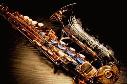 Акция «Саксофон весь вечер - бесплатно»