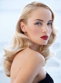 Красота и здоровье Акция «Голливудские локоны + макияж = 90 рублей» До 30 июня