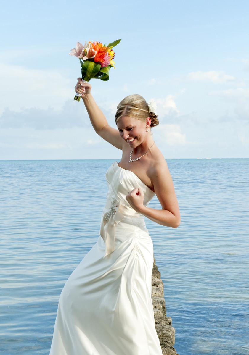 Смотреть невесту перед свадьбой жестко 4 фотография