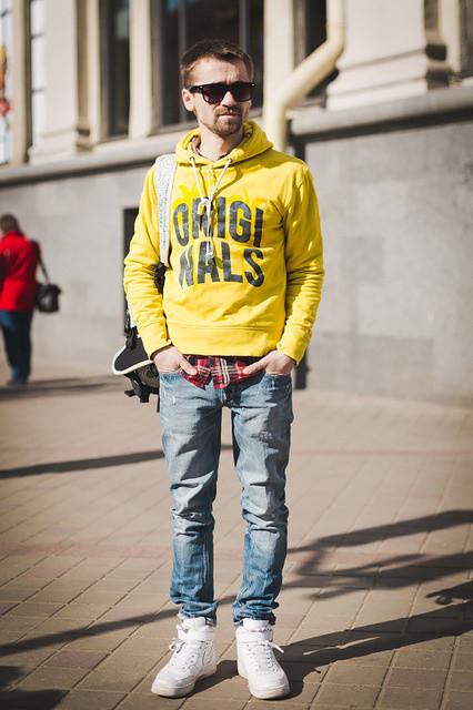 На мне свитшот от Jack&Jones, кроссовки Nike. .  Данный лук полностью куплен в Минске, люблю ходить по распродажам в...
