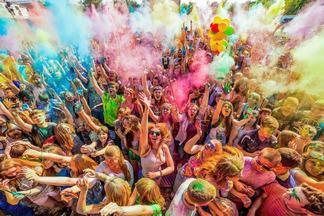ColorFest, цветной дым и светошарики — сразу 3 бесплатных фестиваля пройдут в Dreamland в ближайшее время