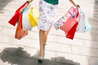 Шопинг в Польше станет выгоднее: снижается минимальная сумма покупок, с которой возвращают НДС
