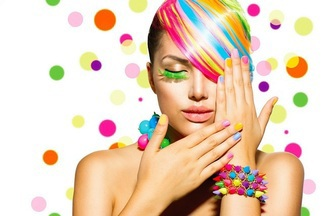 В Dana Mall на днях пройдет большой Beauty Day. 7 часов будут бесплатно делать прически, макияж и корректировать брови