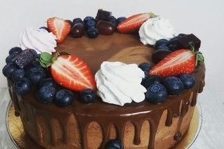 Золотые торты, или Зачем платить 70 рублей за килограмм десерта. Разговор с минским кондитером