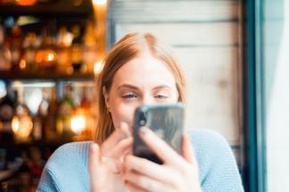 Белорусский сотовый оператор предоставил бесплатный безлимитный интернет и открыл доступ к видеосервису