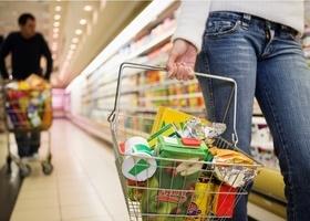 В первый день Нового года продовольственные магазины закроются в 18.00