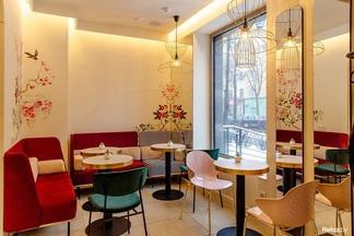 В центре открылось кафе «ЭклеR» с любимыми цветами Коко Шанель и скидками для студентов