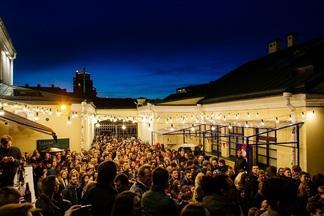 5 000 гостей, Akute и уличное караоке. Фоторепортаж сбольшого фестиваля уличной музыки, что прошел наЗыбицкой