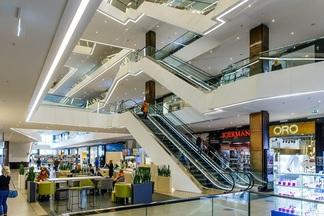 «Приходится отказывать некоторым магазинам, чтобы сохранить концепцию». Что произошло за год работы Galleria Minsk